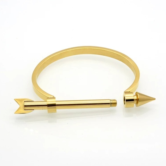 Jewelry - Arrow Shackle Bangle Bracelet